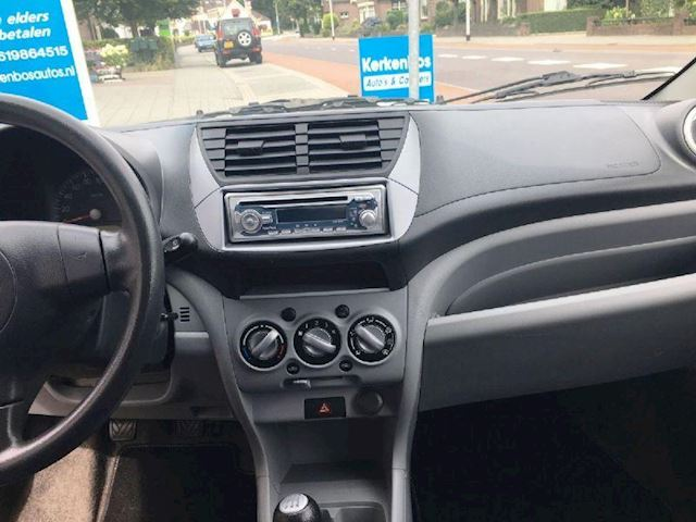 Suzuki Alto 1.0 base 5 DEURS