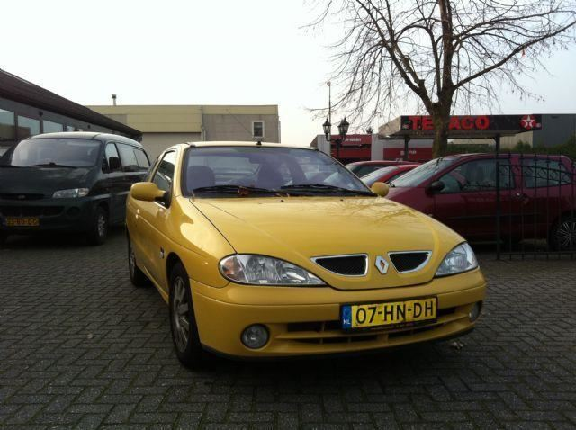 Renault Megane occasion - Autobedrijf Dennis Wijnen