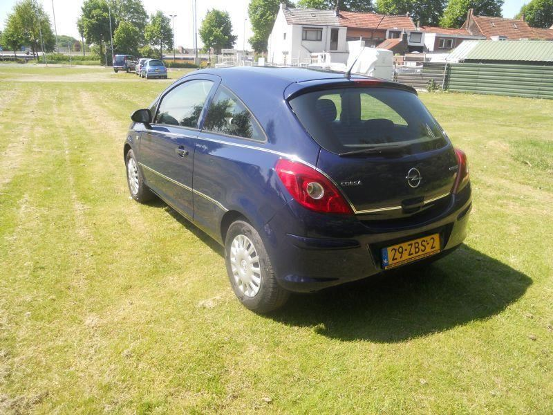 Opel Corsa occasion - Autohandel J. Gerrits