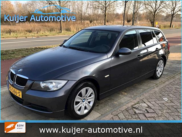 BMW 3-serie Touring 318i Automaat