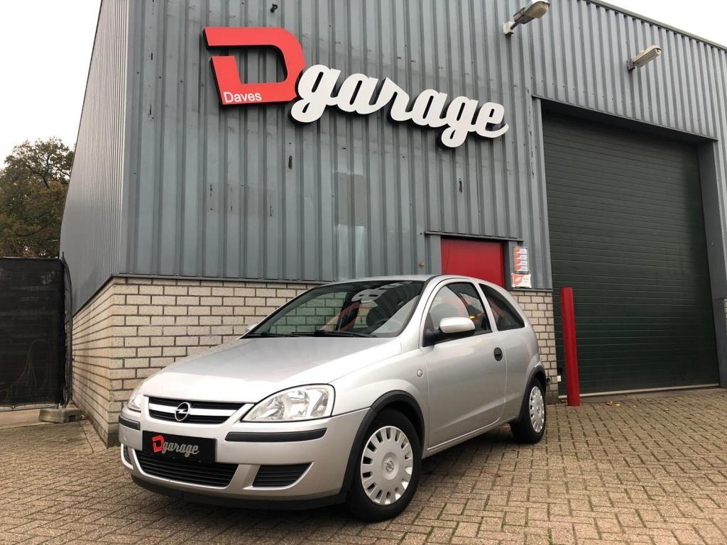 Opel Corsa occasion - Dave's Garage