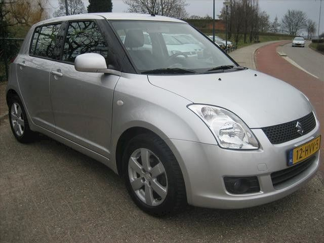 Suzuki Swift 1.3 5DR EXCLUSIVE Airco keyless entry