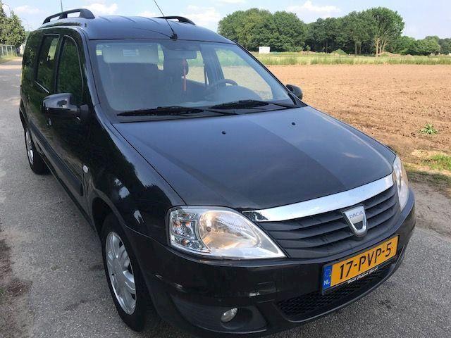 Dacia Logan 1.5i lauréate 7p