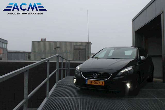 Volvo V40 2.0 D2 R-Design Business full option (bijtelling 14%)