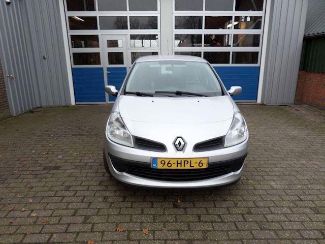 Renault Clio occasion - Autobedrijf Huisman