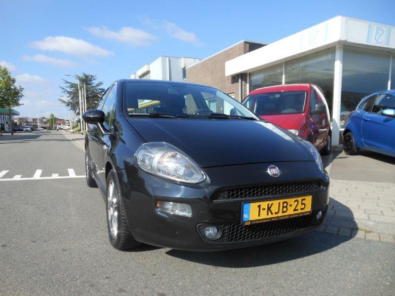 Fiat Punto occasion - Automobielbedrijf Frans Zandstra