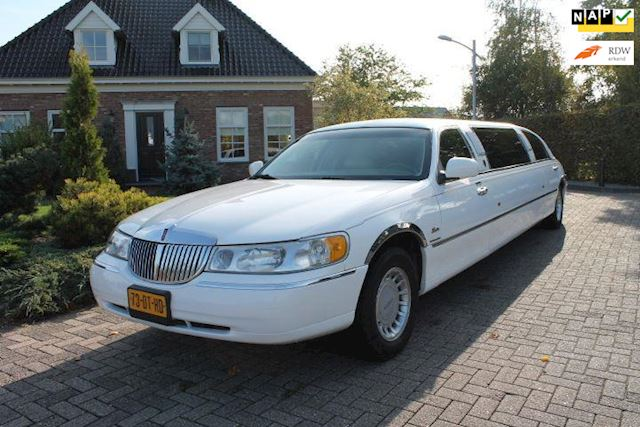 Ford LINCOLN TOWN CAR LUXE LIMOUSINE BAR MUZIEK SFEERVERLICHTING