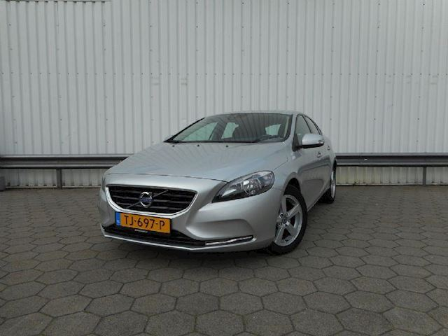 Volvo V40 1.6 D2 kinetic powershift aut