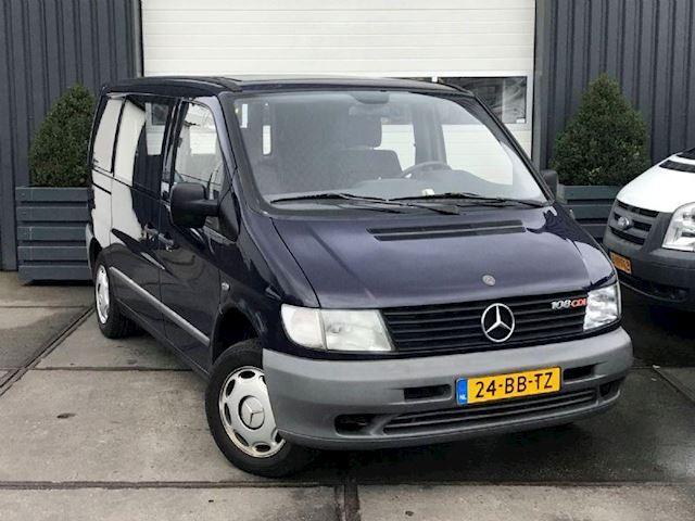Mercedes-Benz Vito 108 CDI ROLSTOELVERVOER MET LIFT BJ.4-2002 1E EIGENAAR COMPLETE HISTORIE AANWEZIG