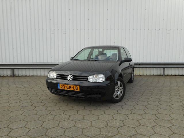 Volkswagen Golf 2.3 V5 Highline aut