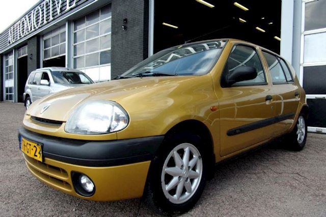 Renault Clio 1.4 RN NWE APK & NAP