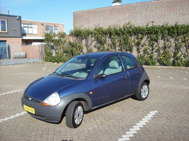 Ford Ka occasion - Car Sales Waalwijk