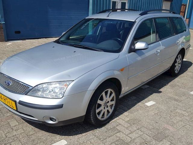 Ford Mondeo 1.8-16V First Edition  mondeo AIRCO