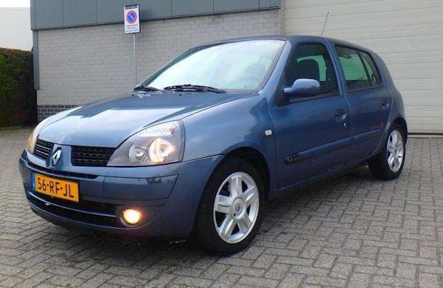 Renault Clio 1.4 16v 5DRS Community