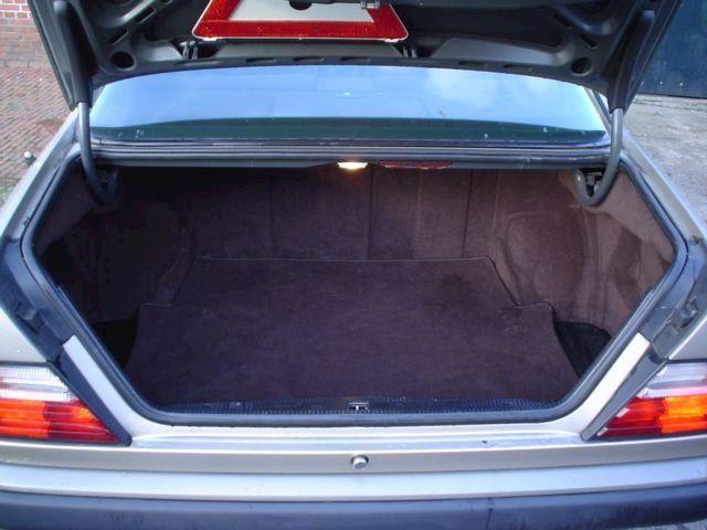 Mercedes-Benz 200-300 230 ce coupe eerste eigenaar.weinig km