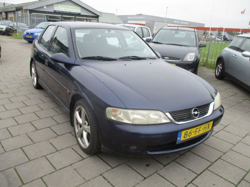 Opel Vectra occasion - Autohandel Steneker
