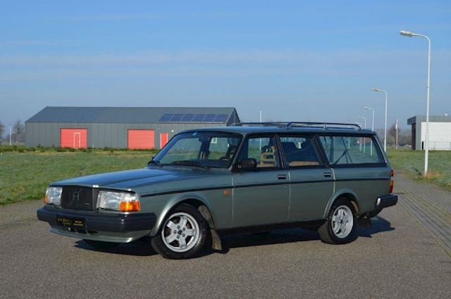 Volvo 240 Turbo 245 Estate Overdrive Airco 7 Pers. Zeer Mooi!