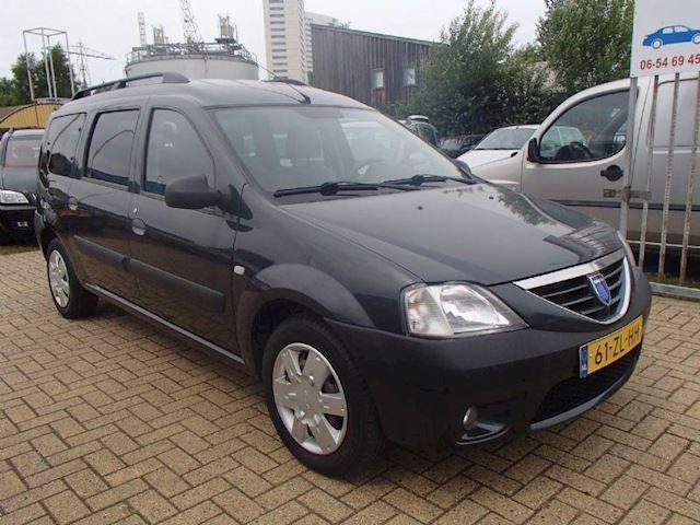 Dacia Logan MCV MCV 1.6-16V Lauréate 7p.