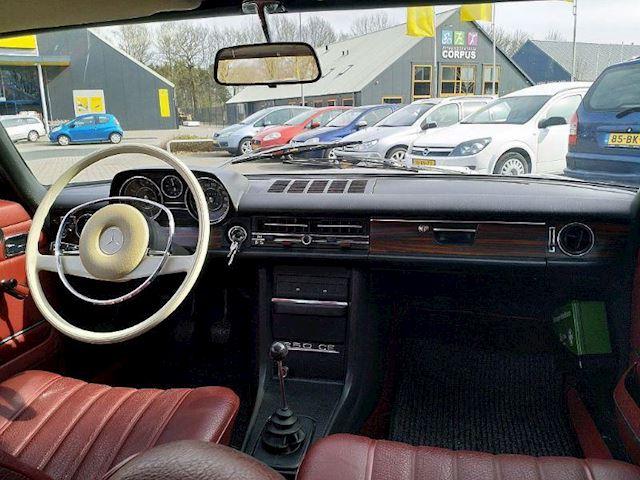 Mercedes-Benz 200-280 (W115) 250 CE Coupé 6 Cilinder
