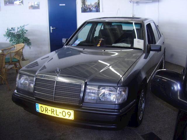 Mercedes-Benz 300 Diesel W124