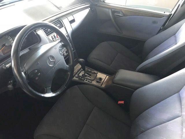 Mercedes-Benz E-klasse 220 CDi Avantgarde aut. ROESTVRIJ!