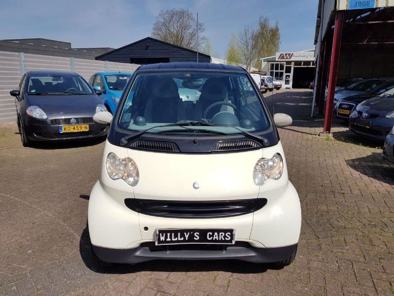 Smart Fortwo occasion - Autobedrijf Willy's