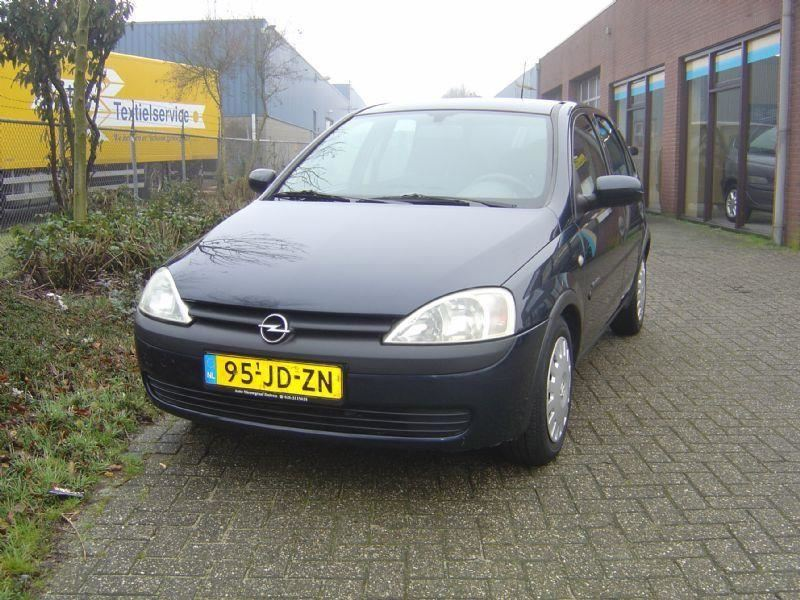 Opel Corsa occasion - Nieuwgraaf Autobedrijf
