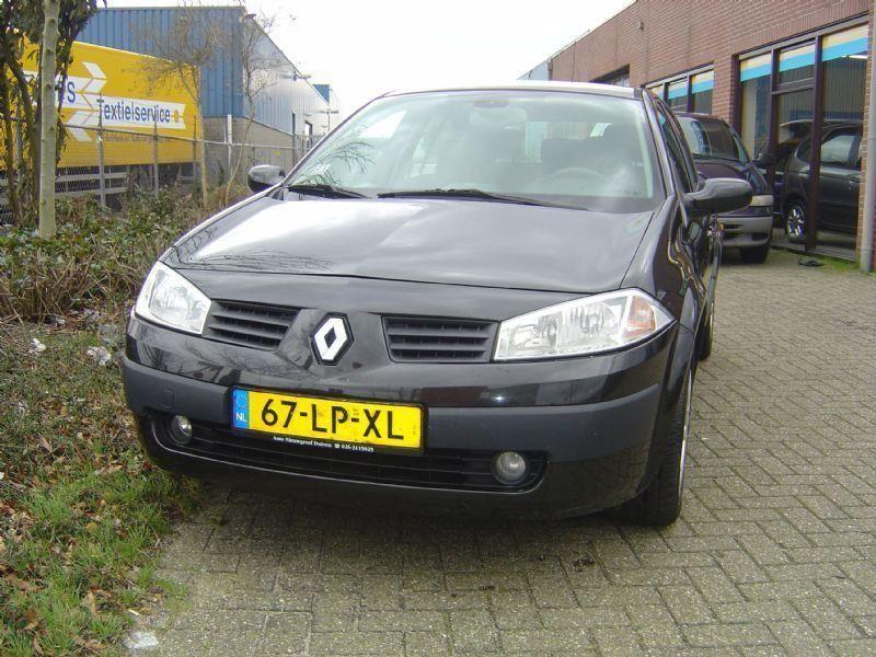 Renault Megane occasion - Nieuwgraaf Autobedrijf