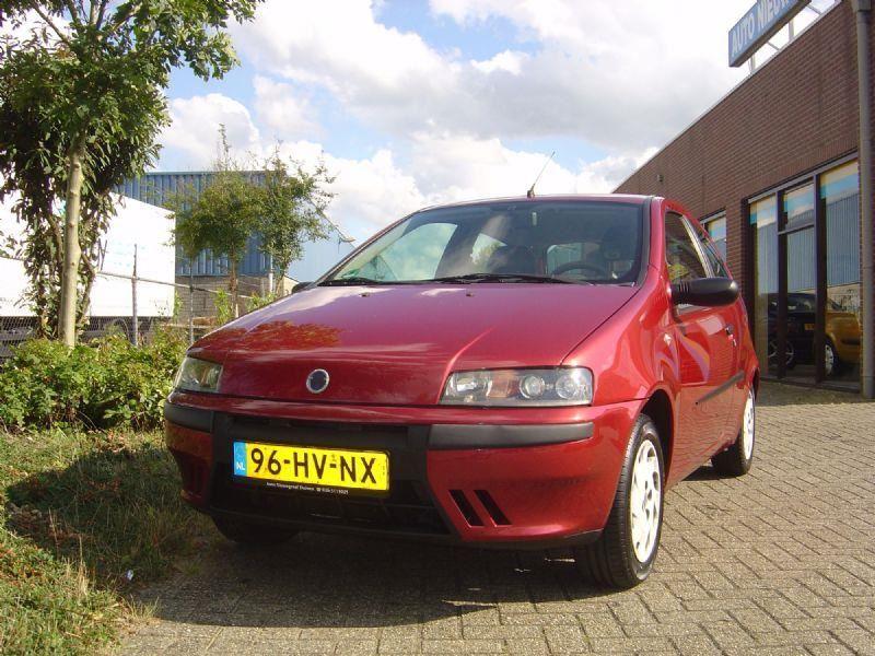 Fiat Punto occasion - Nieuwgraaf Autobedrijf