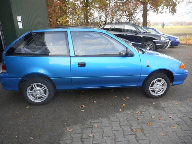 Suzuki Swift 1.0 Eco bj 2002