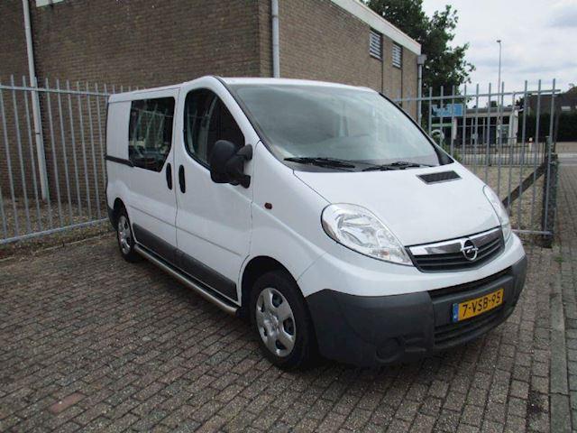 Opel Vivaro 115 pk airco . 115 pk ,airco, 3 zits ,trekhaak,