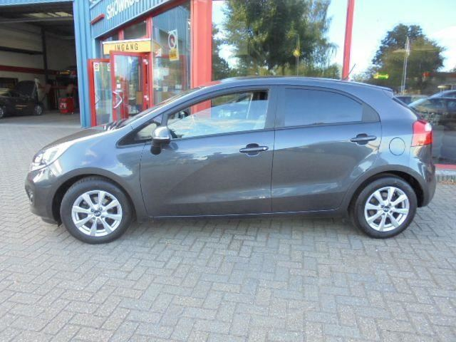 Kia Rio 1.2 CVVT World Cup Edition Plus
