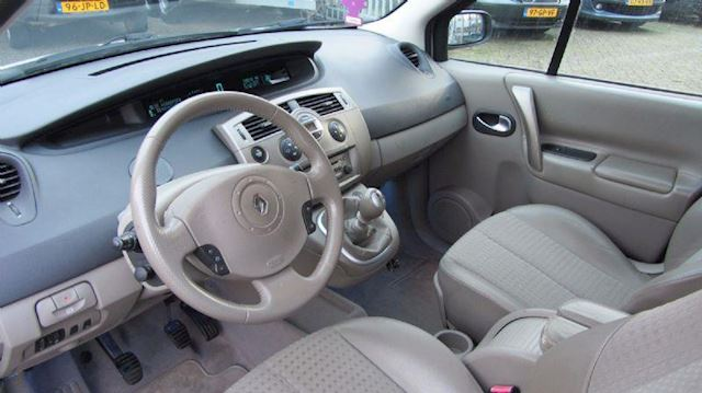 Renault Grand Scénic 2.0-16V T Dynamique Luxe