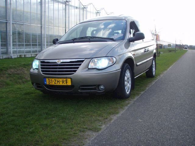 Chrysler Voyager 2.8crd se luxe aut