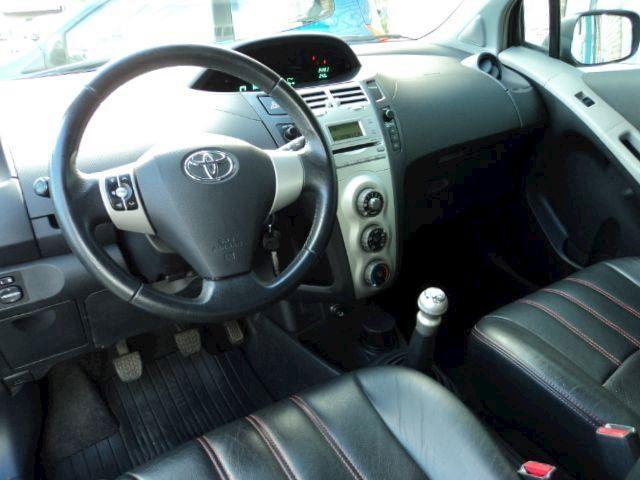 Toyota Yaris 1.3 VVTi Linea Sol S-line