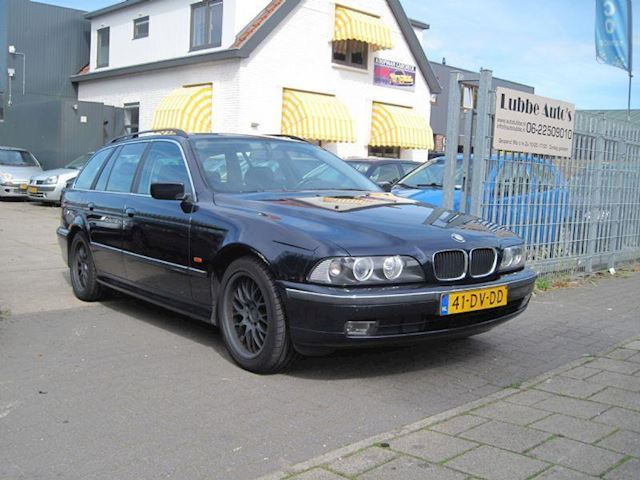 BMW 5-serie 520i Executive airco exportluchtvering lekt