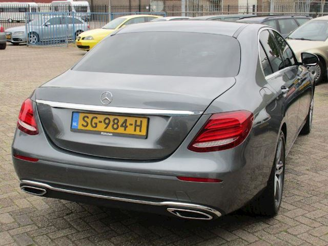 Mercedes-Benz E-klasse 200 D AUT PRESTIGE AVANTGARDE AMG NAVI LEER