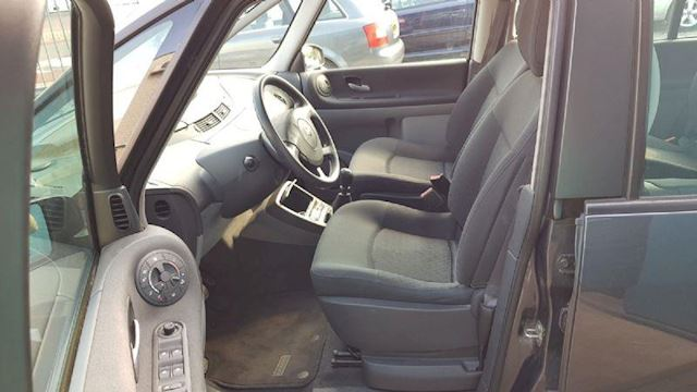 Renault Espace 1.9 dCi 11-2006 6-pers Clima Cruise Pdc Facelift nw mod Trekhaak NL Auto NAP (EXPORT PRICE 3350,-)