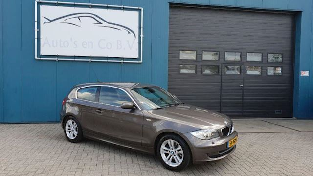 "BMW 1-Serie 118d High Executive 2009 Clima Navi Xenon 16"" NL Auto NAP Apk 09-2019"