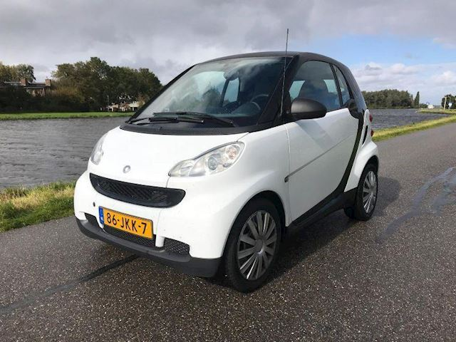 Smart Fortwo 1.0 mhd Base 66000 km