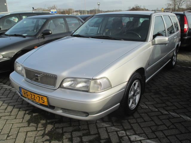 Volvo V70 occasion - WSR Transport