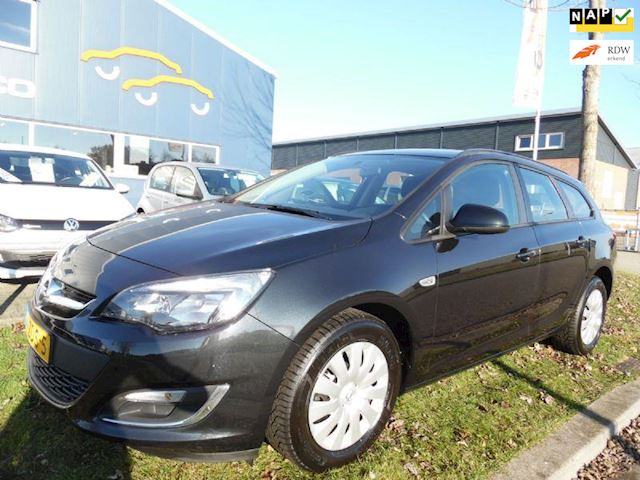 Opel Astra Sports Tourer 1.4 Business +. Navi- cruise- airco- NAP