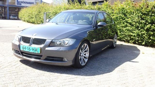 BMW 3-serie 330d High Executive (nieuwe APK)