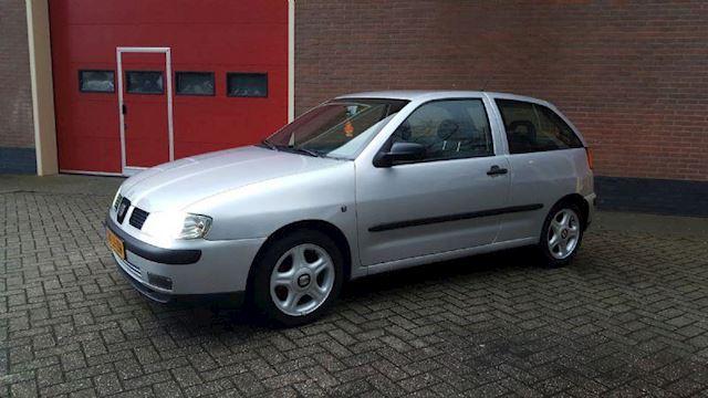Seat Ibiza 1.4-16V Stella  Nieuwe APK/Stuurbekrachting/NAP/Boekjes
