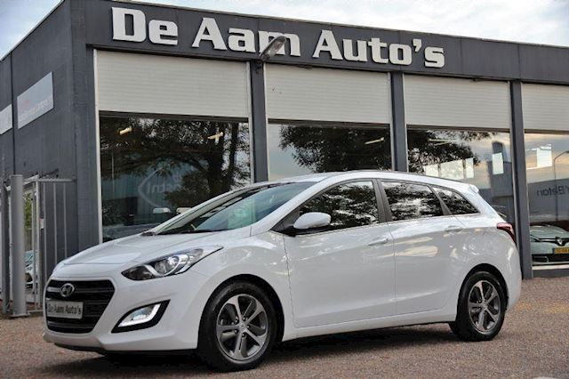 Hyundai i30 wagon 1.4 Clima Cruise Led 46.000 Km!