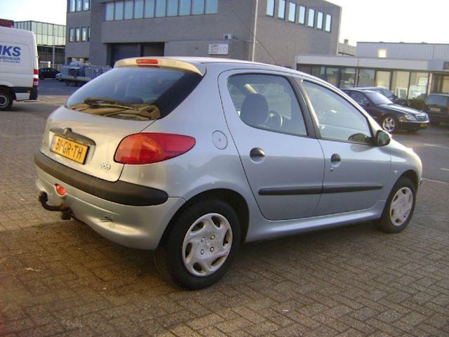Peugeot 206 occasion - Middendorp Auto's