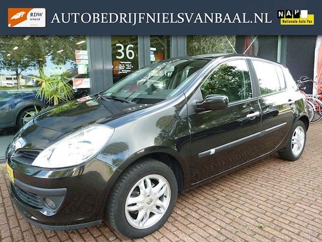 Renault Clio 1.6Aut! Full Option/59Dkm NAP/5-Dr/Nette staat