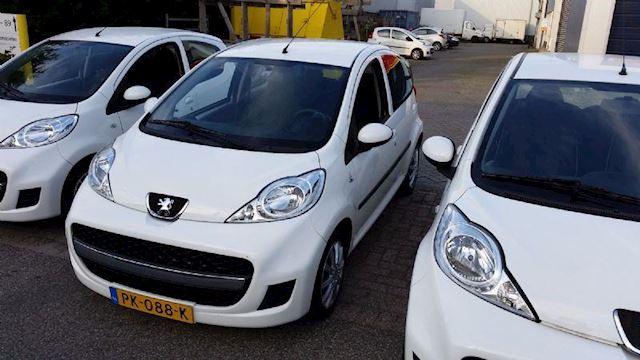 Peugeot 107 1.0-12V Elektra pakket/Nw APK 2 jaar/Garantie,