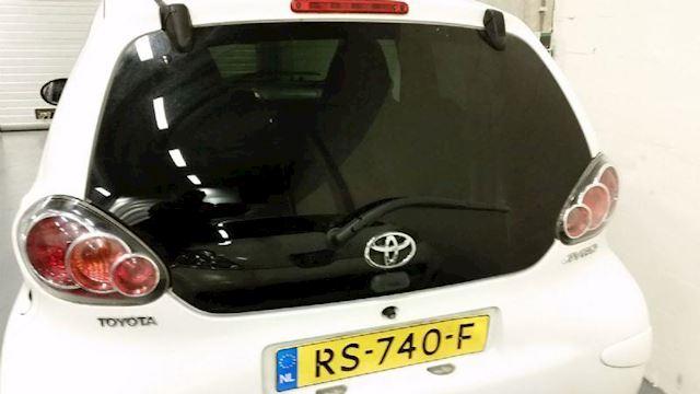 Toyota Aygo 1.0 VVT-/AIRCO/2012/Nw Apk 2j/bluetooth/Garantie