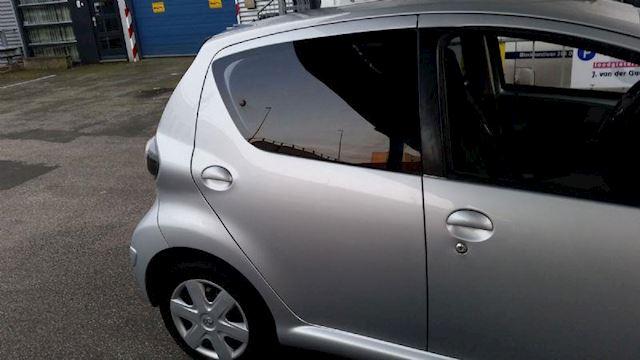 Toyota Aygo 1.0/Airco/Elektra pakket/Nw Apk/Garantie.